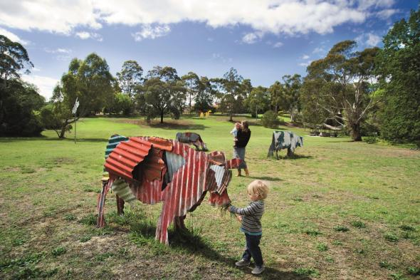 Jeff Thomson, Cows 1987, painted corrugated iron, Heide Museum of Modern Art, Photograph: John Gollings 2010, © the artist